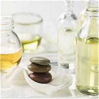 供应香精分类和使用领域及性能特点(水溶、油溶、粉末、微胶囊)